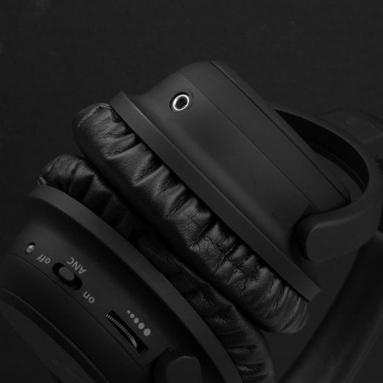 NC-60 Wired Active Noise Cancelling Headphones